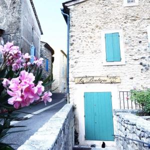Provence city guide France Latelierdal blog mode et voyage