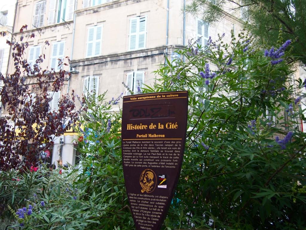 Provence city guide France Latelierdal Avignon Festival