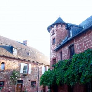 Brive La Gaillarde et son pays city guide Collonges la Rouge par L'atelier d'al blog lifestyle voyage mode DIY