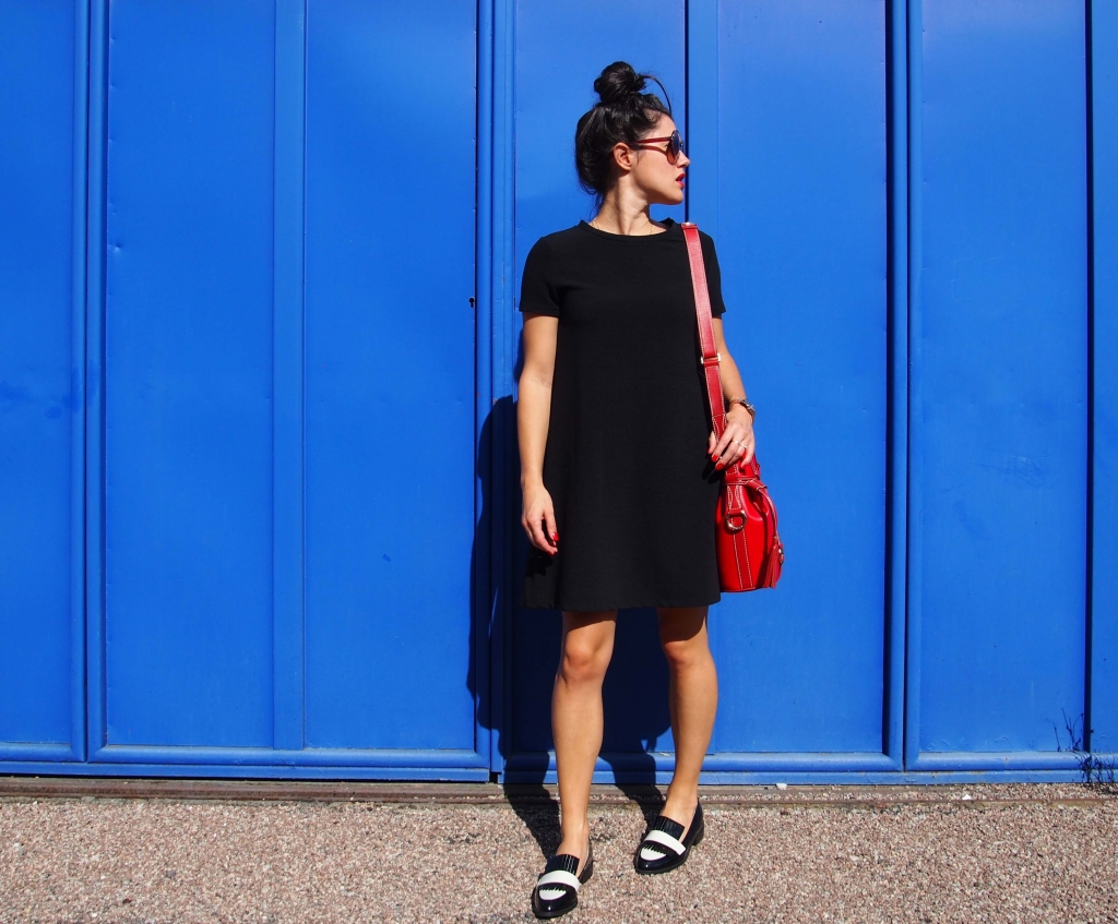 petite robe noire et sac Lancel look latelierdal blog mode