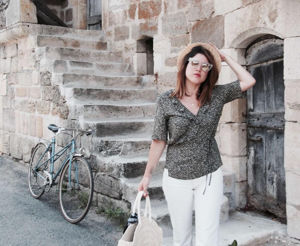 look village jean taille haute panier chapeau L'atelier d'al blog mode lifestyle Paris