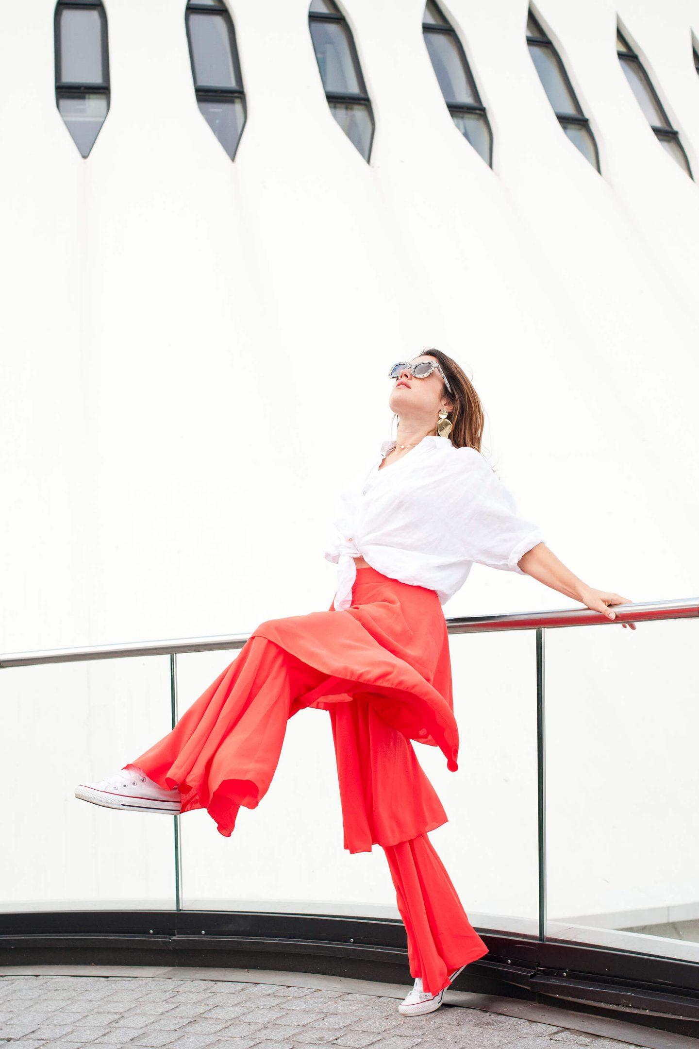 look chemise blanche en lin Sud Express pantalon rouge Boohoo L'atelier d'al blog mode lifestyle Paris