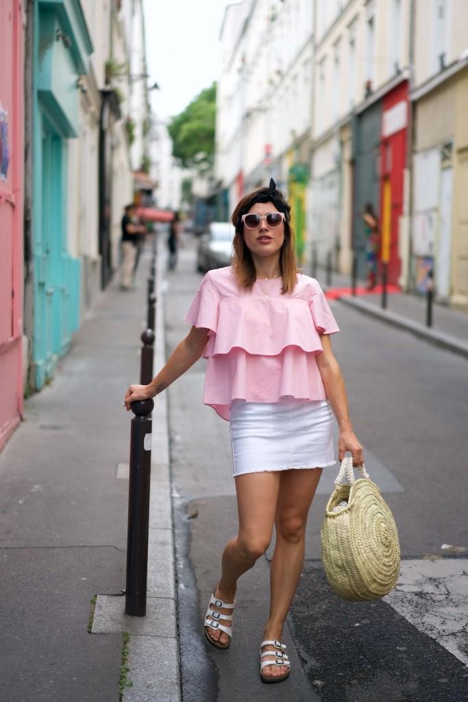 shooting top rose jupe en jean blanche Magnum double framboise shooting L'atelier d'al blog lifestyle DIY mode fashion Paris