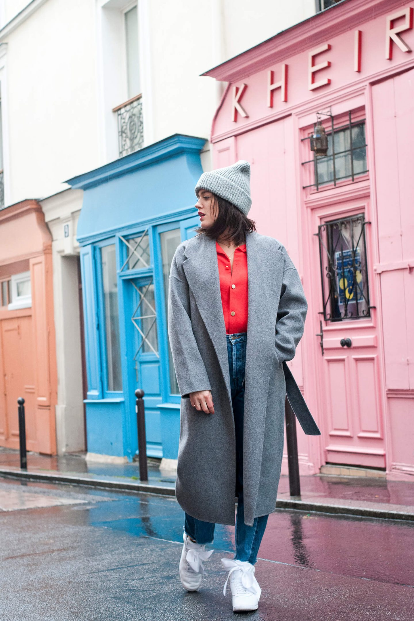 Look baskets manteau long L'atelier d'al blog mode lifestyle Paris