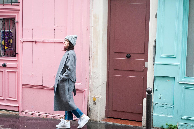Look baskets manteau long L'atelier d'al blog mode lifestyle Paris