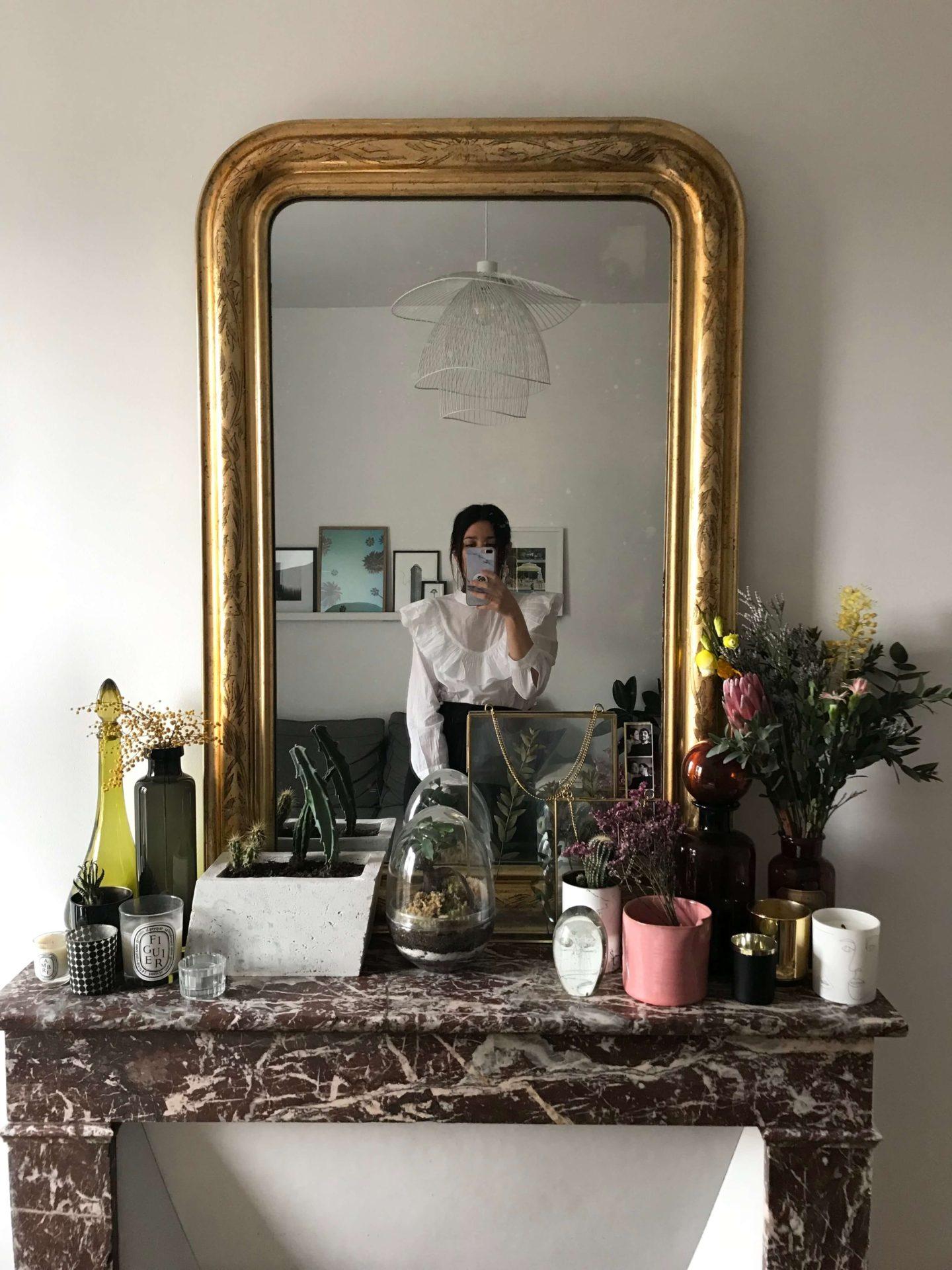 décoration de mon appartement Parisien cheminée miroir ancien L'atelier d'al blog mode lifestyle fashion Paris