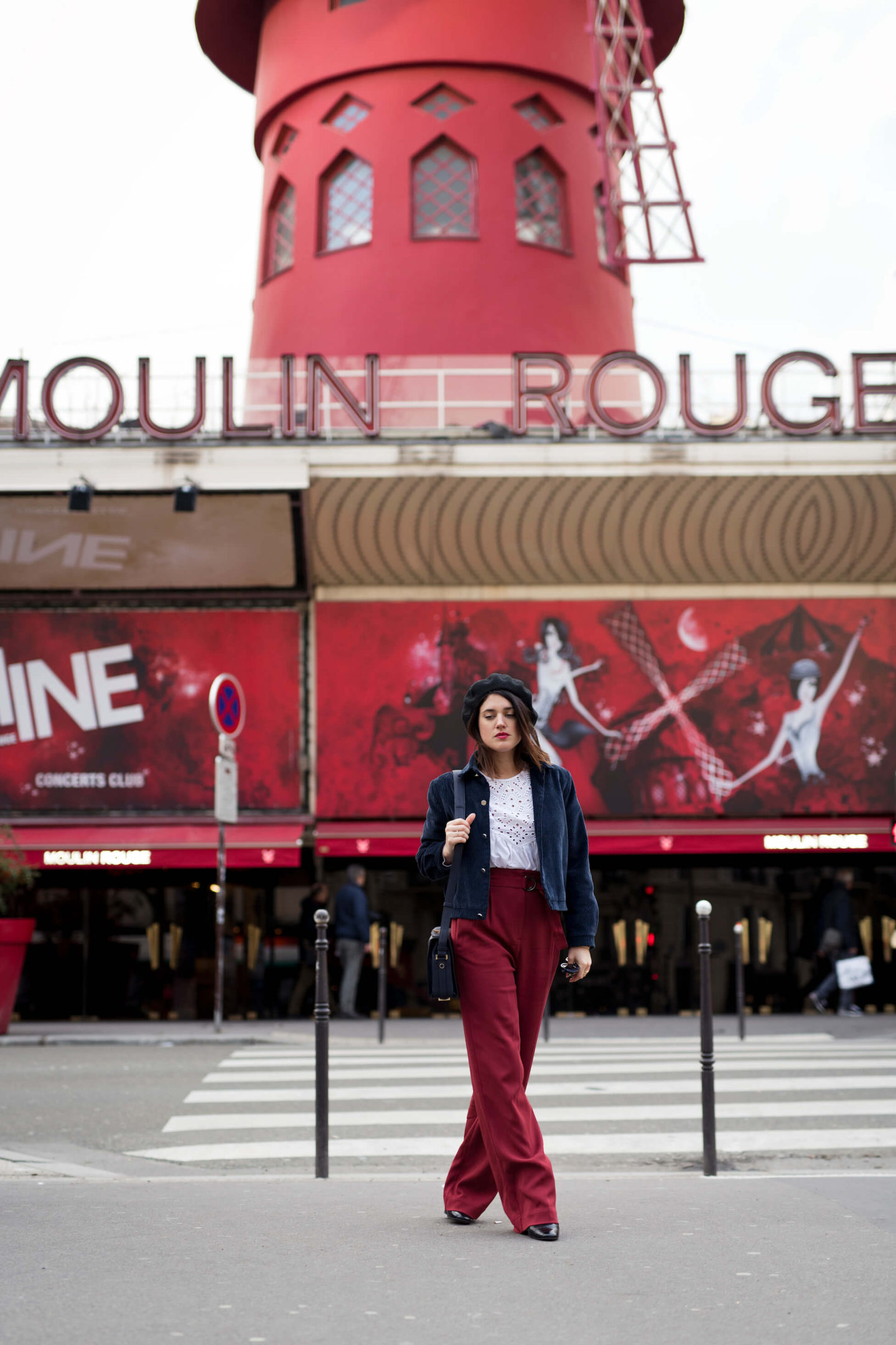 Blouse et pantalon rouge moulin rouge L'atelier d'al blog mode fashion lifestyle Paris streetstyle