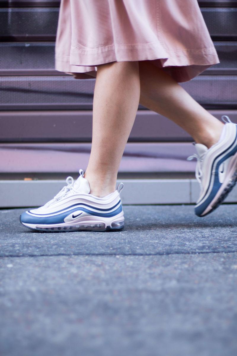look jupe et sneakers Air max 97 ultra L'atelier d'al blog mode fashion Paris