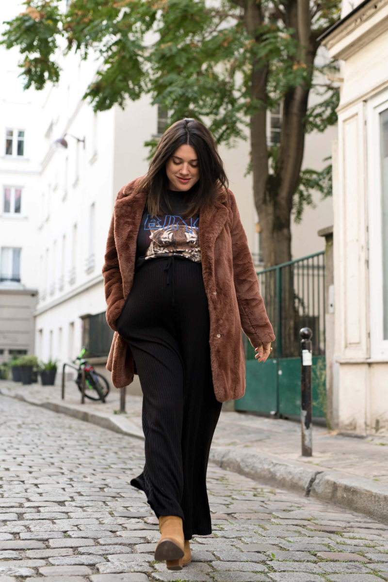 Look de grossesse maternité pantalon en laine et manteau doudou Anne-Laure L'atelier d'al blog mode lifestyle Paris